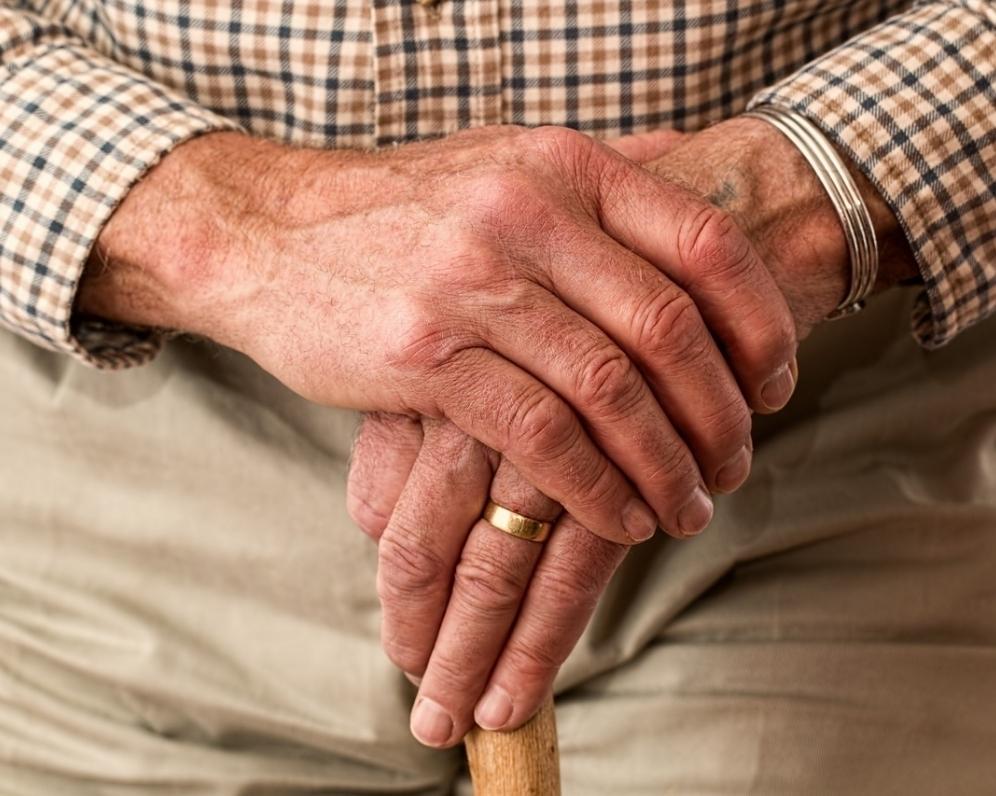 Seniori a predaj nehnuteľnosti